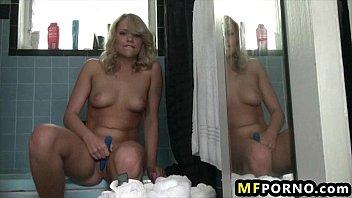 Mia Malkova Shaves her pussy and masturbates 5 Thumb