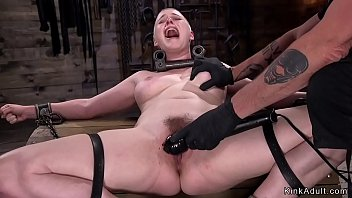 Hairy pussy getting laid - Trimmed head blonde in metal device bondage