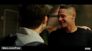 Super gay studs Tobias and will braun - spiderman a gay xxx parody part 1 - super gay hero - trailer preview - men.com