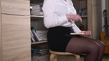 Clip 102Lar Lara Spanks Aron OTK - MIX - Full Version Sale: $10