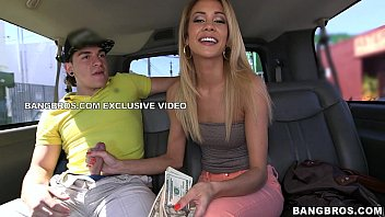 Bang bus sexy amy - Sexy amateur picked up in miami