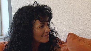 Autsch!! Der Dildo Deal mit Gabi Vorschaubild