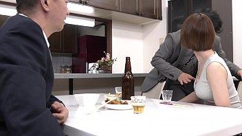 《岡村麻友子》旦那が連れてきたお世話になった上司に、私は毎晩犯されています…。