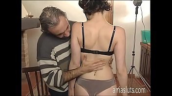 Amateur girl in mask fucked in a photo shoot