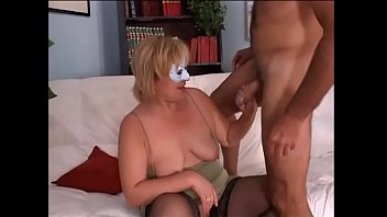 Amateur couple has sex in front a camera
