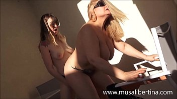 First lesbian experience with my stepmom Musa Libertina