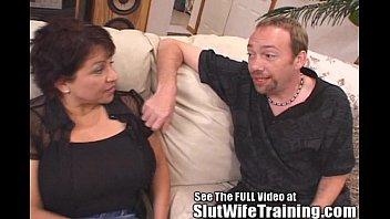 Vivi Fernandes & Gigantic tits slutwife Susie learns to fuck strangers thumbnail