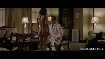 Lizzy caplan breasts Lizzy caplan in masters sex 2013-2015