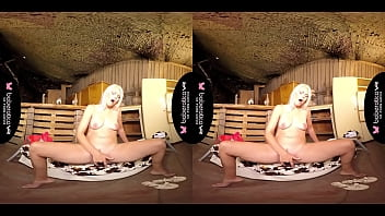 Solo blonde fuck doll, Izzy Delphine is moaning, in VR