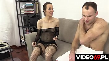Polish porn - Masseuse fucked on the couch