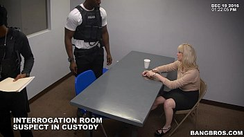 White Mayor's Young Daughter Kiki Parker Fucked By Black Cop (Mc15758)