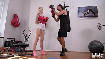 Kickboxing and foot fucking are Milf Arteya's favorite workouts at the gym
