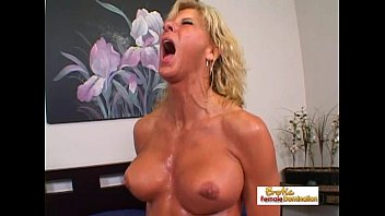 Muscular blonde slut gets jizz on her tits and on her face Thumb