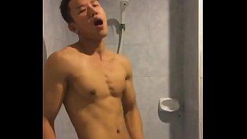 Hard gay thai cock Trai thái dâm dục xuất tinh phòng tắm