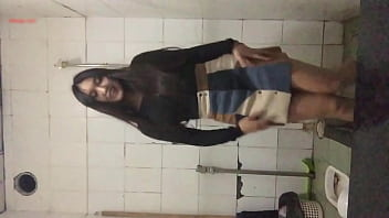 playing in the toilet 2 - Watch full: buoito.vip