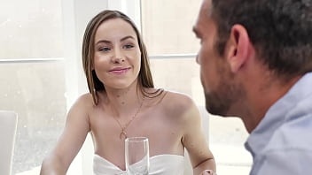 Happy Thanksgiving Hardcore fucking with Naomi Blue and Johnny Castle (Passion HD)