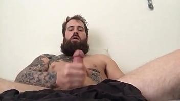 Gay cum explosions - Bearded daddy cum explosion
