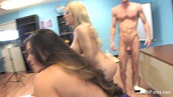 Nude scenes sex and the city Capri cavanni threesome behind the scenes