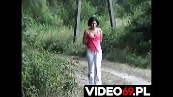 Polskie porno - Spotkanie w lesie z nieznajomą