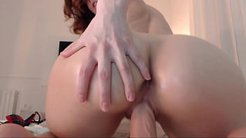 Young slut destroying her pussy