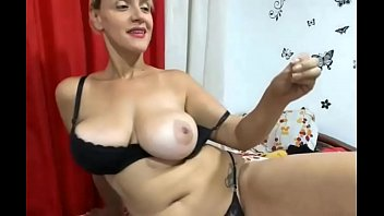 Huge Boobs Milf Playing sexygirlsoncameras.com
