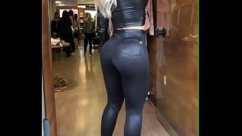 Perfect brazilian Blond