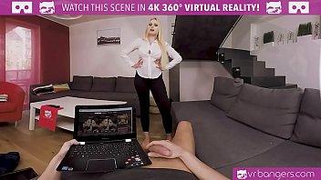 VRBangers.com My hot wife Angel Wicky cums early