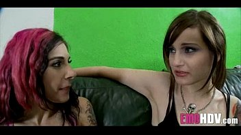 goths love pussy 081