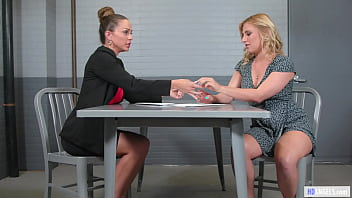 Exhibicionist Woman And The Lawyer - Abigail Mac, Lindsey Cruz - Girlsway - Squirting Lesbian thumbnail