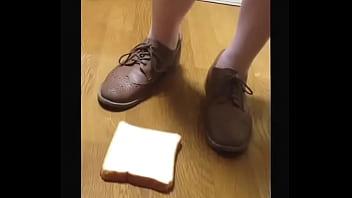 【fetish】Bread food crush Sneaker