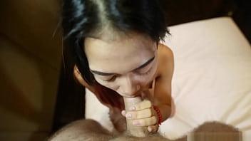 Streaming Video Super tiny 18yo Thai hottie with Bangkok bubble-butt booty rides tuktuk ft. Song - XLXX.video