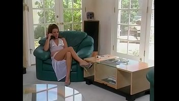Playful redhaired MILF Heather Lyn decided to pay guy working at pizza delivery special tips