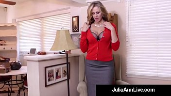 Make perfect dildo Busty milf julia ann bangs her hot pussy with a dick dildo