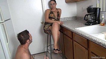 Megan lee fetish model Megan foxx gets her feet worshiped