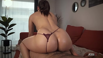 I will oil and massage your cock with my pussy then ride it hard, but do not cum inside my pussy! 7分钟