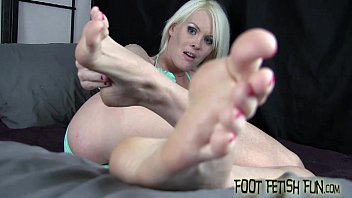 I want to feel your hot cum on my tiny feet