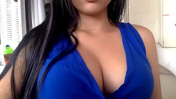 Hot Latina MILF Michelle shows herself off on cam