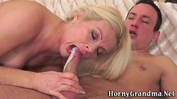 Cum lady old - Old ladys mouth cummed in