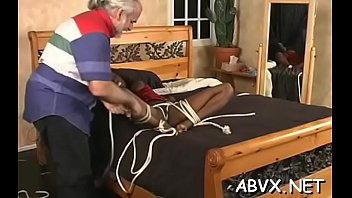 Mouthwatering minx likes to sex tool her cooter