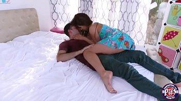 Davina gets her boyfriend to jizzed inside her fat pussy