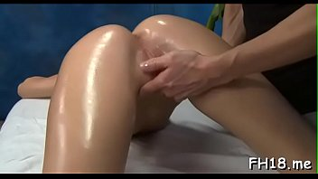 Sinful perfection Nadia Nickles cums while riding