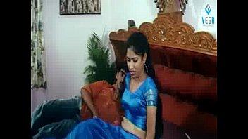 seducing the girl - IndianGilma.Com