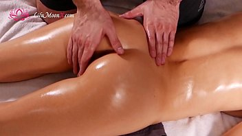 Erotic Massage with ORGASM! - Lilu Moon صورة