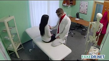 Patient gets fucked in doctors office