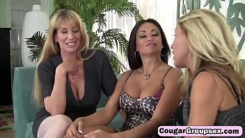 Horny trio of cougars share long dong on couchmselves-the-biggest-slut-hd-2