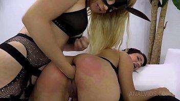Hardcore lesson! Natasha Teen shows Lia Ponce how to do Double Penetration NT024
