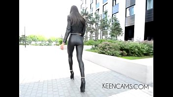 Walking boots Black leather leggings high-heeled shoes long legs