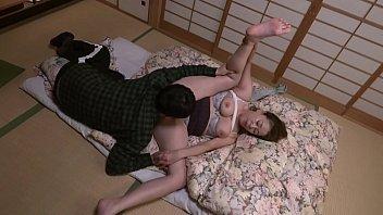 抜かずの六発中出し 近親相姦密着交尾 青井マリ