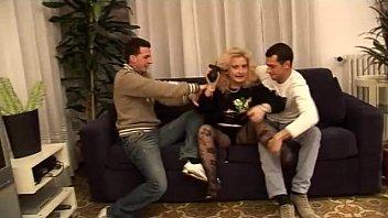 Sexy auntie abused by her two filth nephews! Vorschaubild