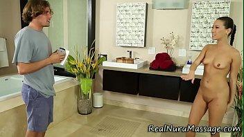 Oriental masseuse jizz - 69VClub.Com